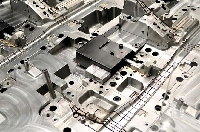 195547-Çok Komponentli Parça Üretimi  002-EKER Plastik Ins. Nak. Turz. San. Tic. Ltd. Sti.