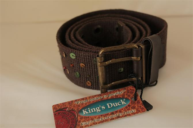 202878-Women Belt Knitting-STOK GLOBAL